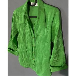 Vintage Retro green button up with pointed collar